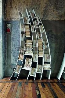 قفسه کتاب