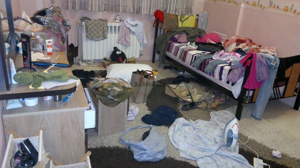 نظم و ترتیب در اتاق یک دختر